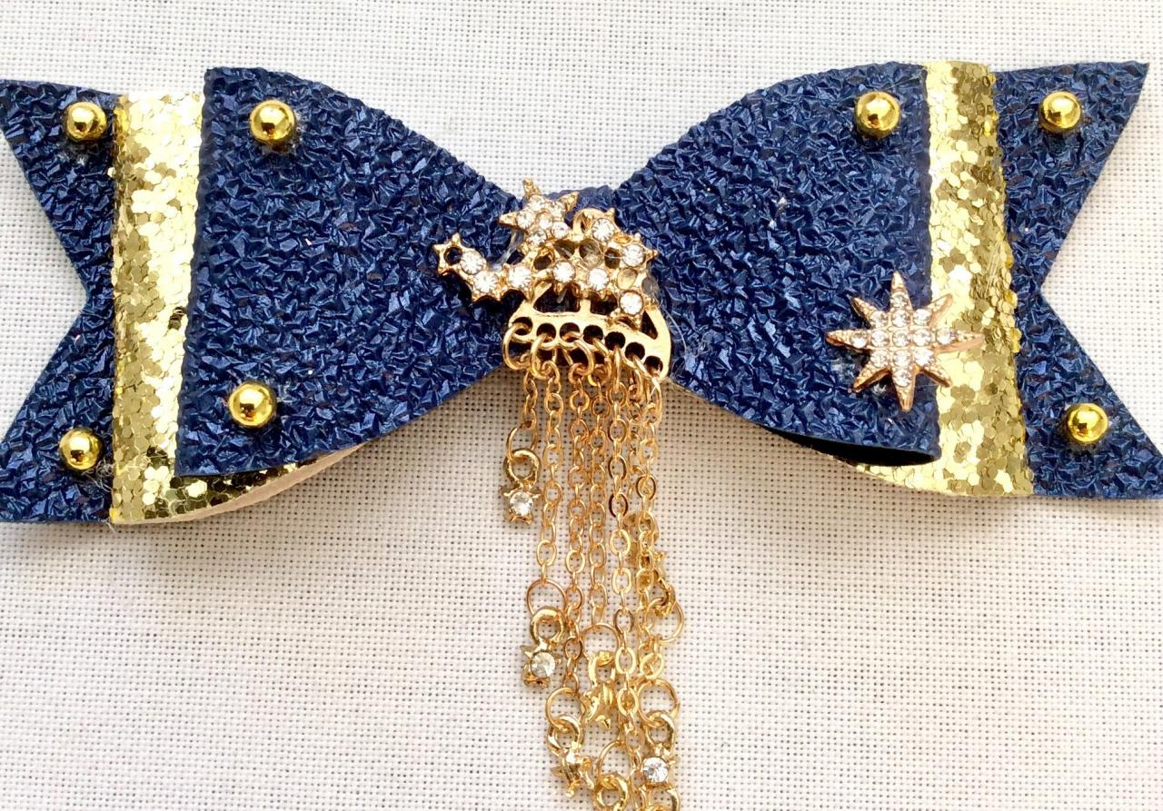 Beautiful Classic Lolita hair bow pearls cabochon resin stars rhinestone galaxy blue gold planet nightsky constellation brooch queen pin