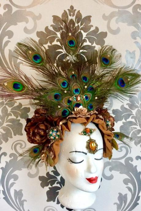 Glamorous Head Garden Headband Peacock Feathers Eye Rhinestone paillettes Headpiece Headdress Burlesque Show Theater Carnival Fascinator