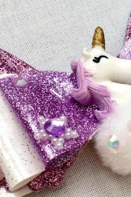 Sweet Lolita hair bow unicorn cabochon resin lilac lavender wings rhinestone kawaii glitter gold brooch pin fairykei pastelgoth cute pegasus