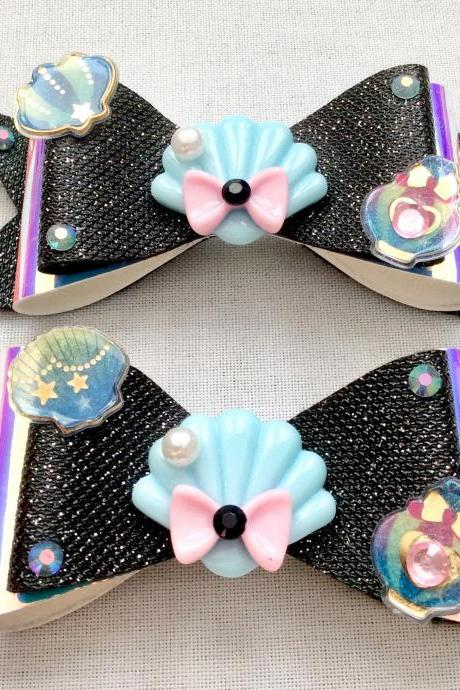 2 Mermaid holo hair bow cabochon resin black blue pink fairykei pastelgoth maritime sea galaxy scales shell jelkyfish kawaii brooch pin