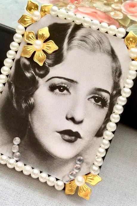 Brooch vintage Bebe Daniels pin hair clip clasp rockabilly artdeco schabby crown jewelry 20s flapper gatsby necklace black white rhinestones