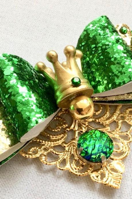 Beautiful Classic Lolita hair bow pearls cabochon resin vintage rhinestone kawaii green gold fairytale frog prince crown diadem brooch pin