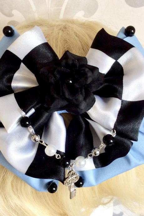 Pretty Alice in Wonderland inspired hair bow lolita sweet cosplay pearl key rose kawaii chessboard light blue headpiece